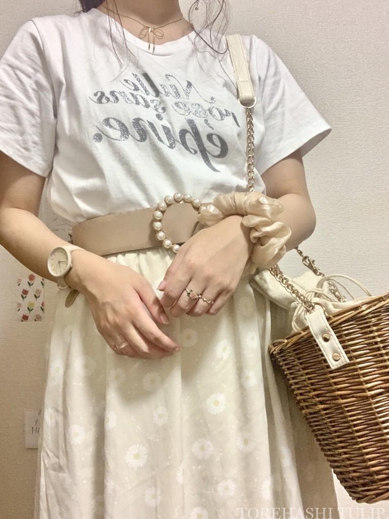 épine エピヌ ロゴTシャツ 夏コーデ Tシャツ グリッターTシャツ 刺繍Tシャツ コーデ 1週間着回しコーデ ピクニックコーデ