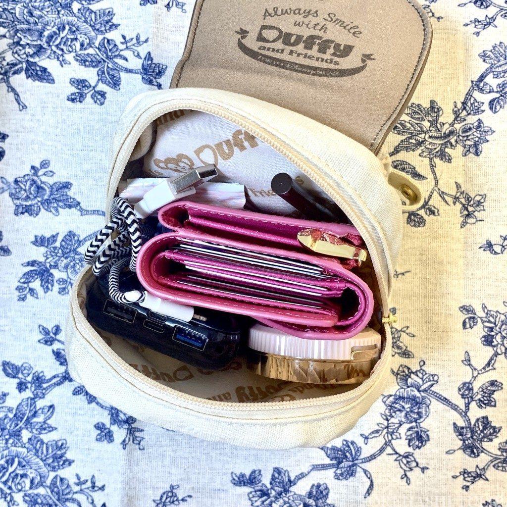 ダッフィー&フレンズ キャリーミー・ポシェット オールウェイズスマイル・ウィズ・ダッフィー&フレンズ リュック レビュー 販売終了 インマイバッグ 荷物 容量