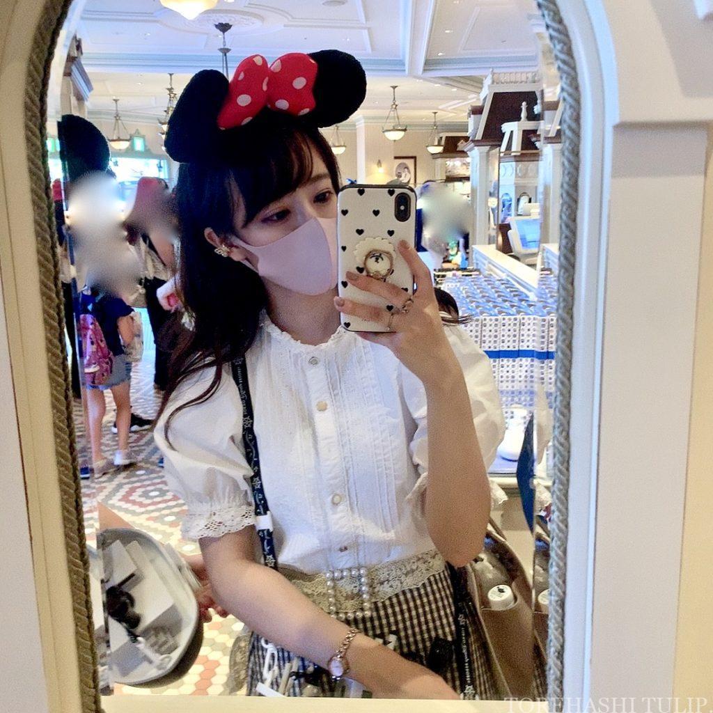 ディズニーランド ホームストア ワールドバザール 写真スポット インスタ映えスポット 店内 小さな鏡 鏡越しショット