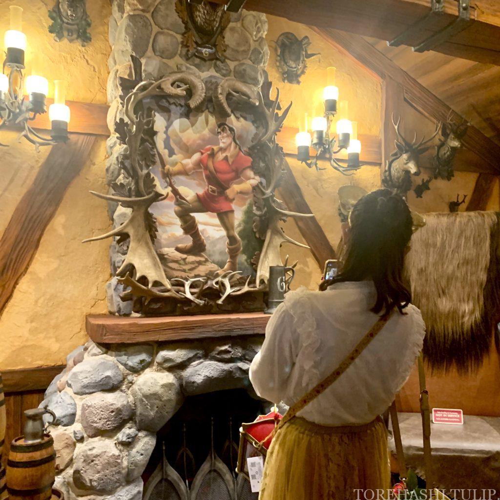 ディズニーランド 新エリア 美女と野獣 レストラン ラ・タベルヌ・ド・ガストン レストラン ル・フウズ チュロスワゴン 予約 メニュー レビュー
