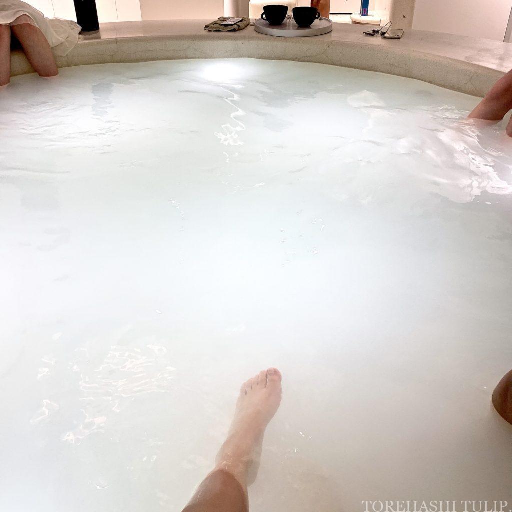 YUBUNE ユブネ YUBUNE-tokyo- 足湯カフェ 新宿 メディテーションコスメブランド 足湯スペース 地下 足洗い場