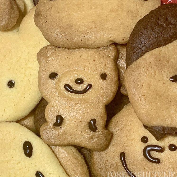 キャラクタークッキー 型抜きクッキー メレンゲクッキー 100均 ダイソー セリア 簡単 作り方 レシピ アイシング チョコペン ディズニー ダッフィー くま