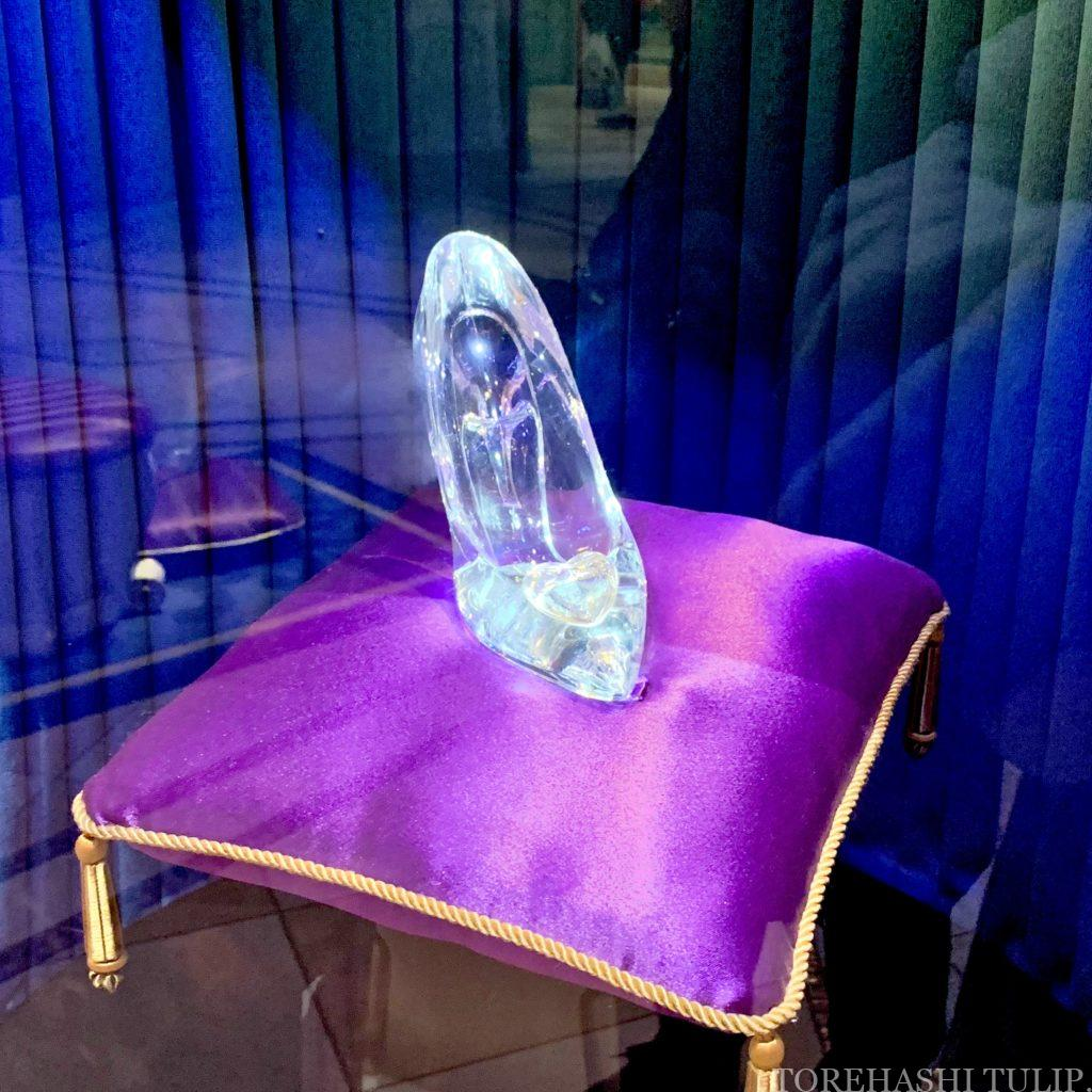 シンデレラのフェアリーホールテイル シンデレラ城 ディズニー ディズニーランド インスタ映えスポット 写真スポット おしゃれ 休止後 再開 ガラスの靴