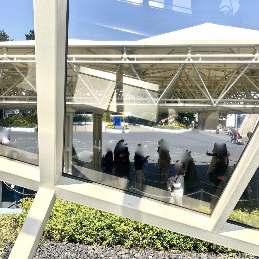緊急事態宣言解除後 ディズニー ディズニーランド パークの様子 人数 1万人 アトラクション待ち時間 新エリア抽選 スタンバイパス チケット 並んで乗れる