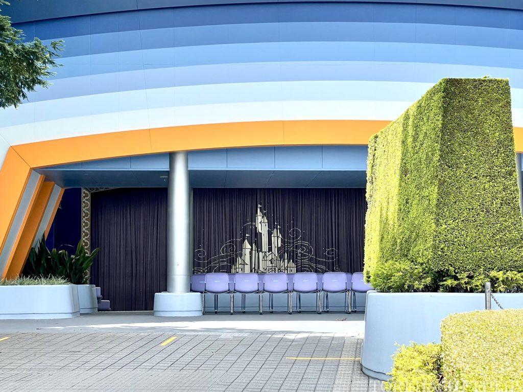 ディズニー ディズニーランド 5,000人 6月 時短営業 アトラクション待ち時間 混雑状況 レストラン ショーパレ 空いている 雨予報 平日 新ステージショー クラブマウスビート